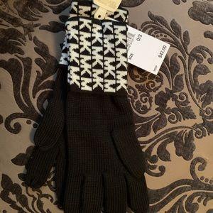 NWT Michael Kors LOGO Black and White Gloves
